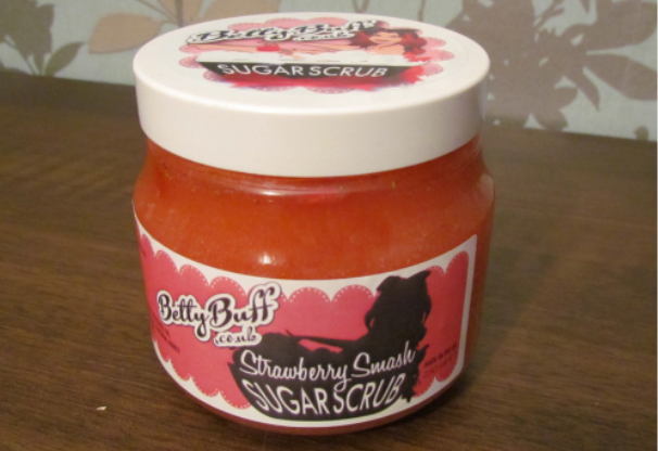 Betty Buff Strawberry Smash Body Scrub