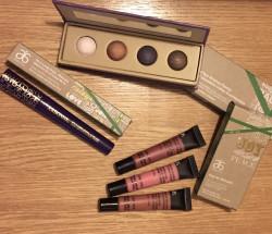 Arbonne Festive Makeup